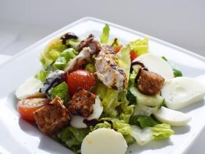 Salat mit (Vollkorn)-Croutons