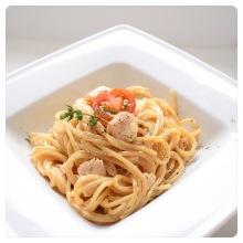 Spaghetti mit Lachs-Sahne-Sauce